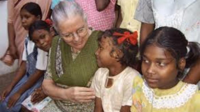 Zuster Jeanne Devos 2