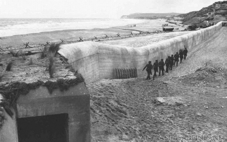 De Muur,                                  een spannende cli-fi dystopie